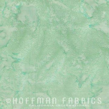1895-142 Pistaschio | 1895 Watercolor Batik Blender | Hoffman Fabrics