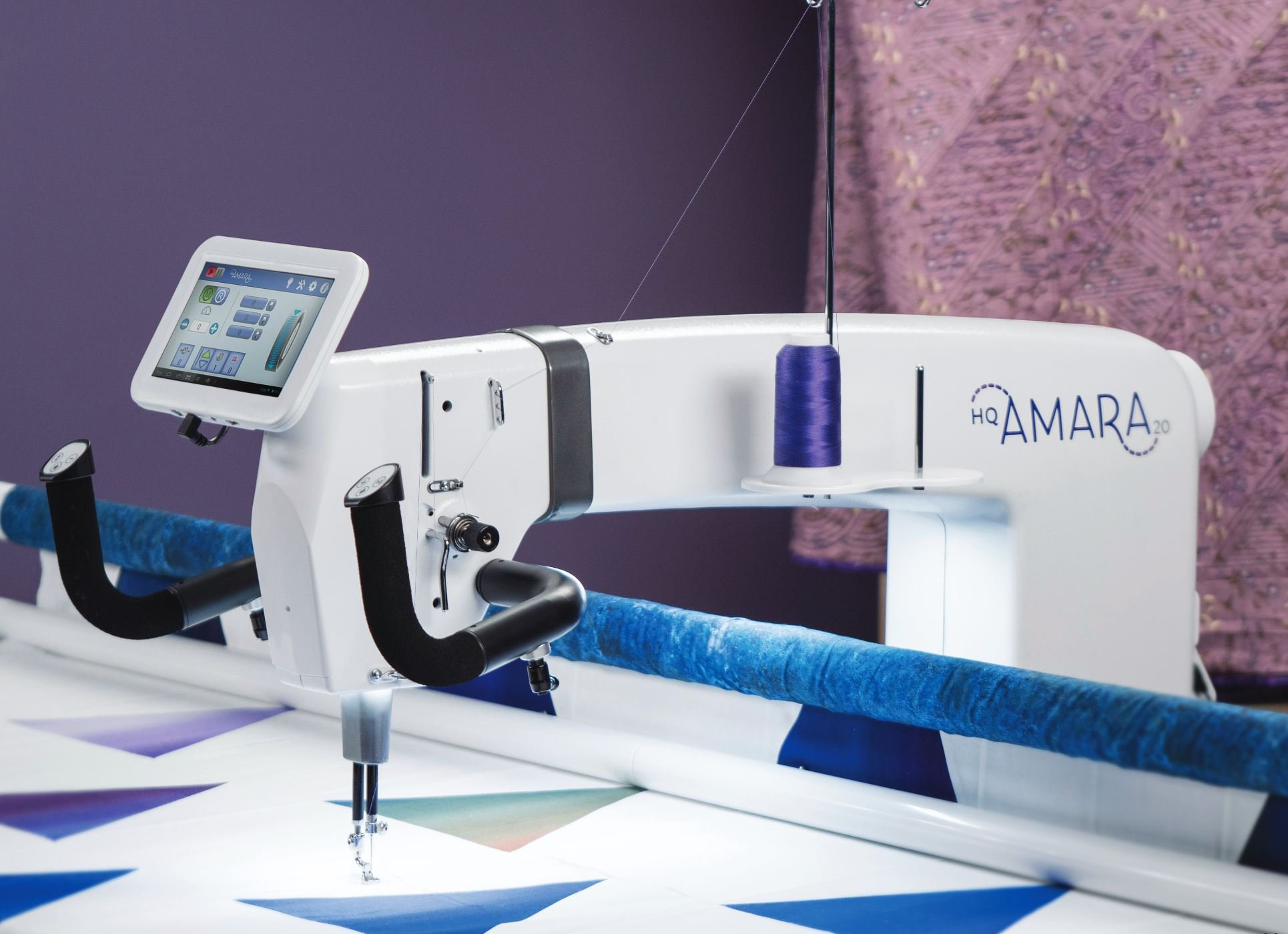 Handiquilter Amara 20 Longarm w/10 or 12 Table - by Handiquilter