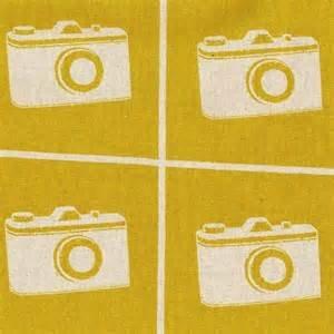 Echino - Camera Mustard