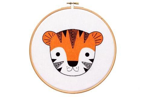 Hoop Art Embroidery Kit - Tiger Cub