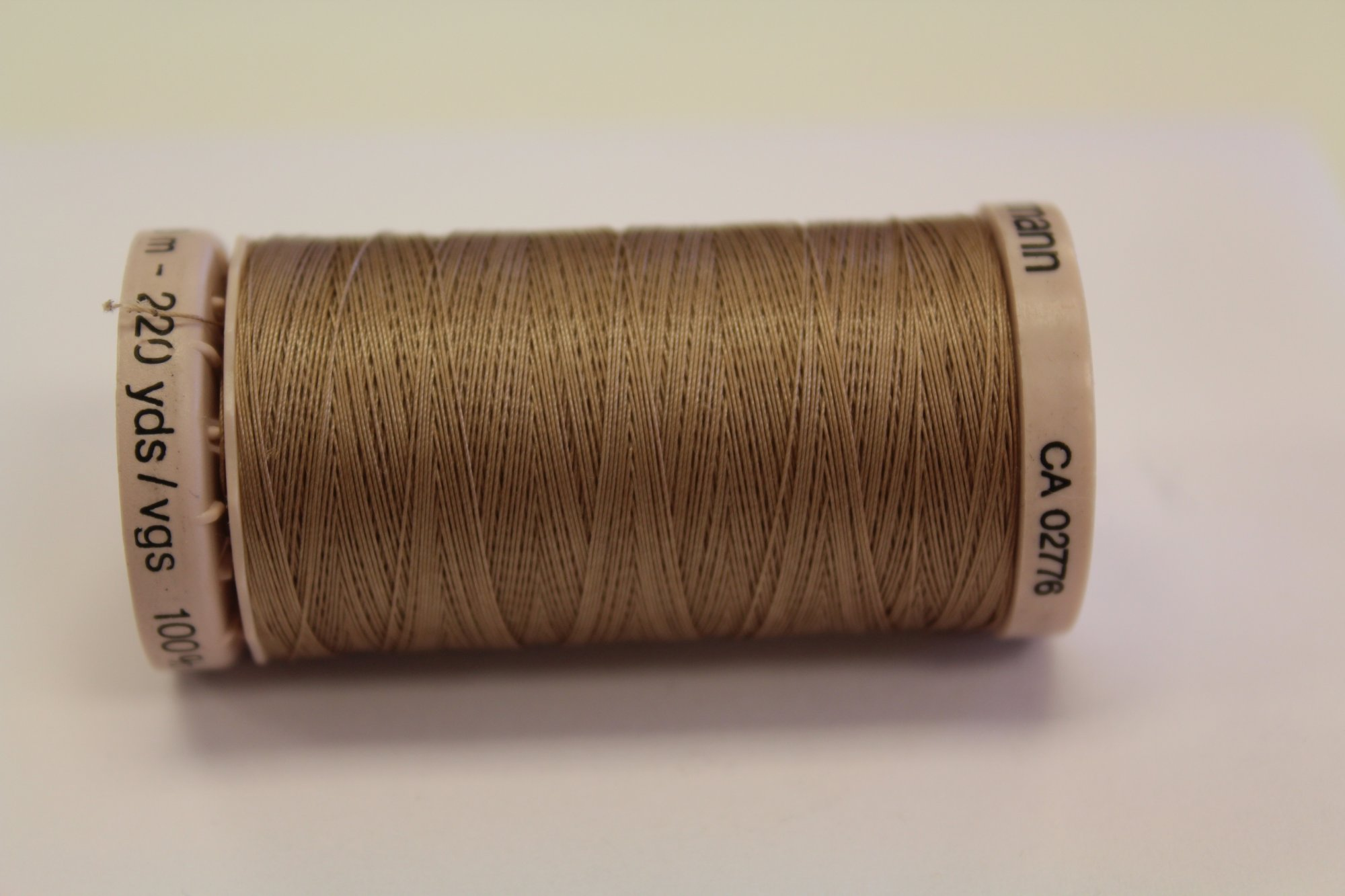 Cotton Hand Quilt Thread 220 yd Khaki #1225