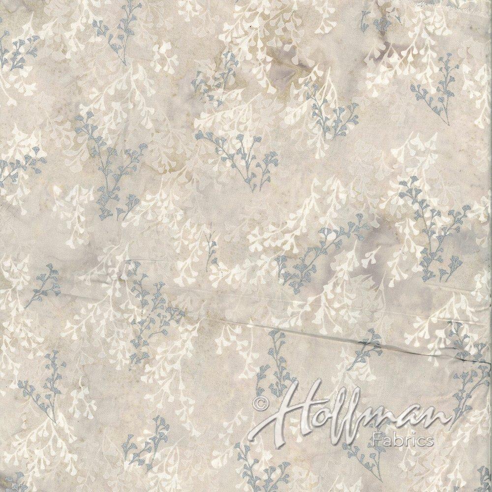 Hoffman Precious Metal Batiks Marshmellow Silver