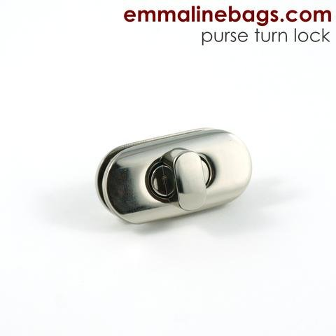 Emmaline Twist Lock Silver