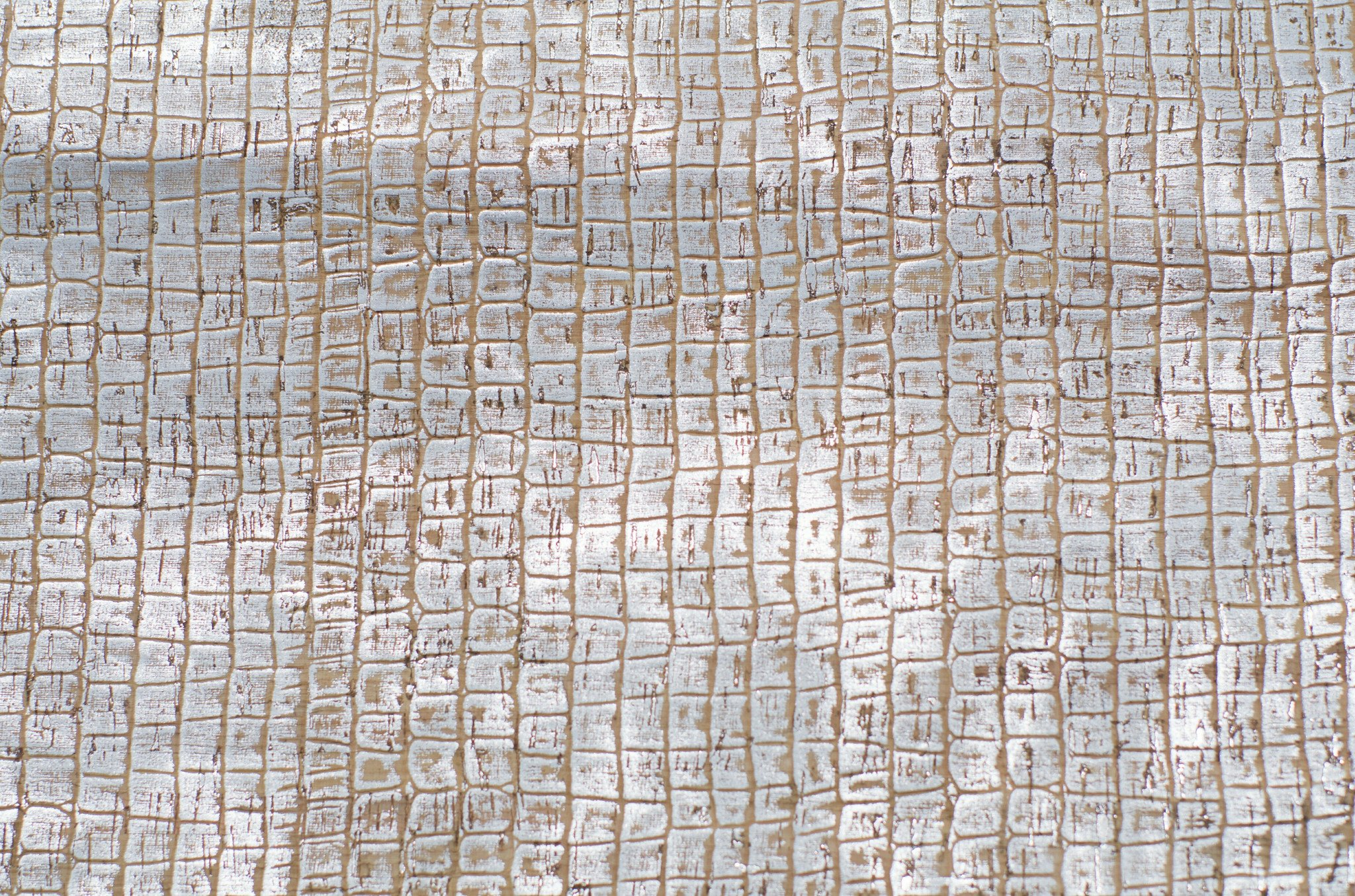 Caiman Silver Cork Fabric (36x36)