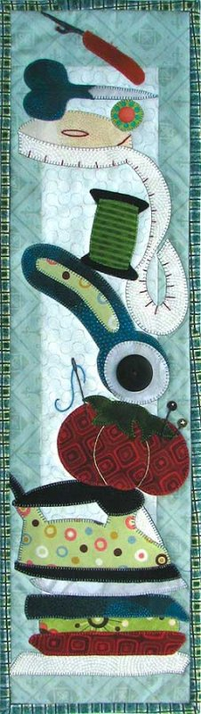 Patch Abilities - P148 Quilt Like Crazy! with B148 Buttons & Quilt Blocks Hanger