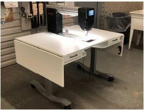 Bernina Q20 Horn Table Sit Down Sewing Machine