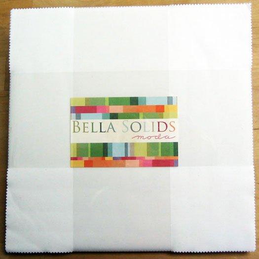 Moda Bella Solids Layer Cake� White 9900LC 98