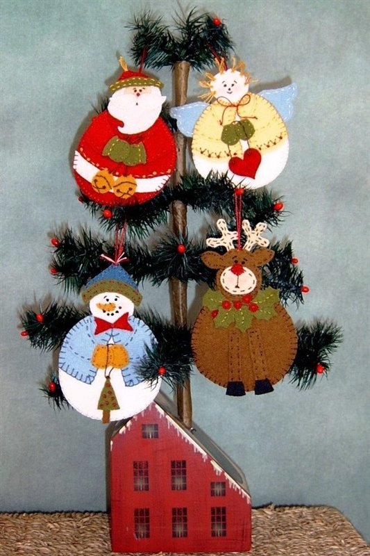 ROLY POLY ORNAMENTS