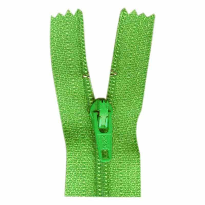 18cm SPRING GREEN ZIPPER