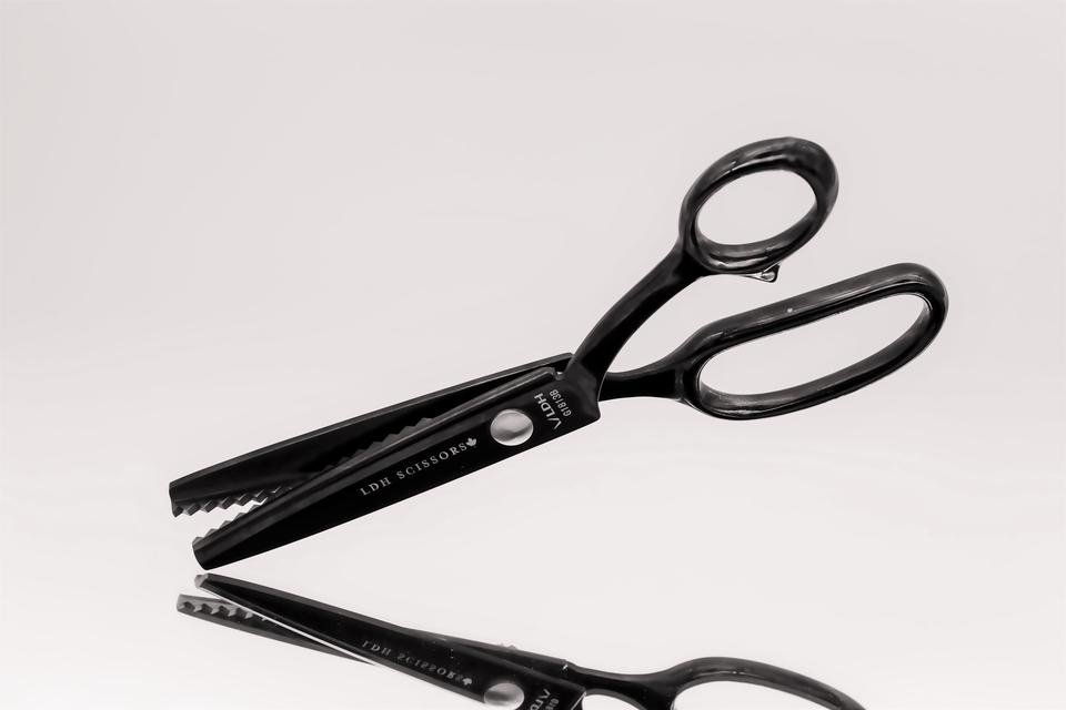 LDH Midnight Edition Pinking Shears 8 inch