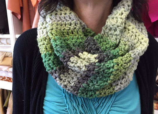 Ombre Green Chunky Cowl