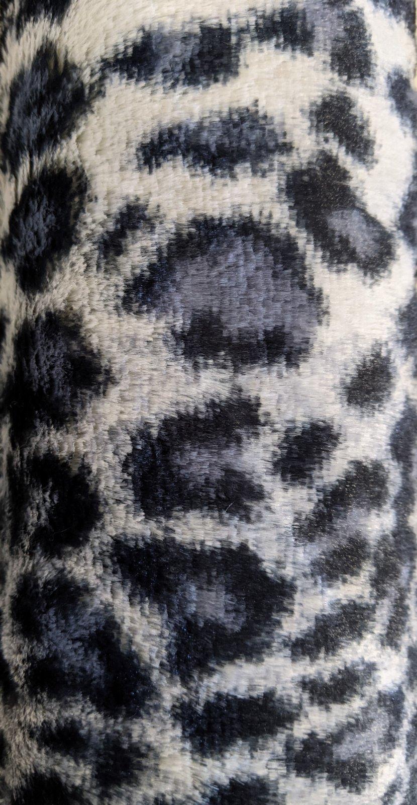 Snow Leopard Gray Softee