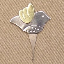 Puffin & Company Micro Needle Threader Bird
