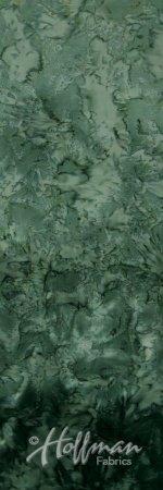 2851-157 Ombre Batiks by Hoffman - Verde