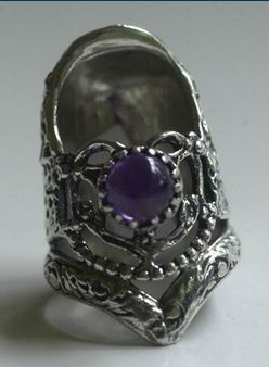 TJ Thimble Lacy Heart with Gem