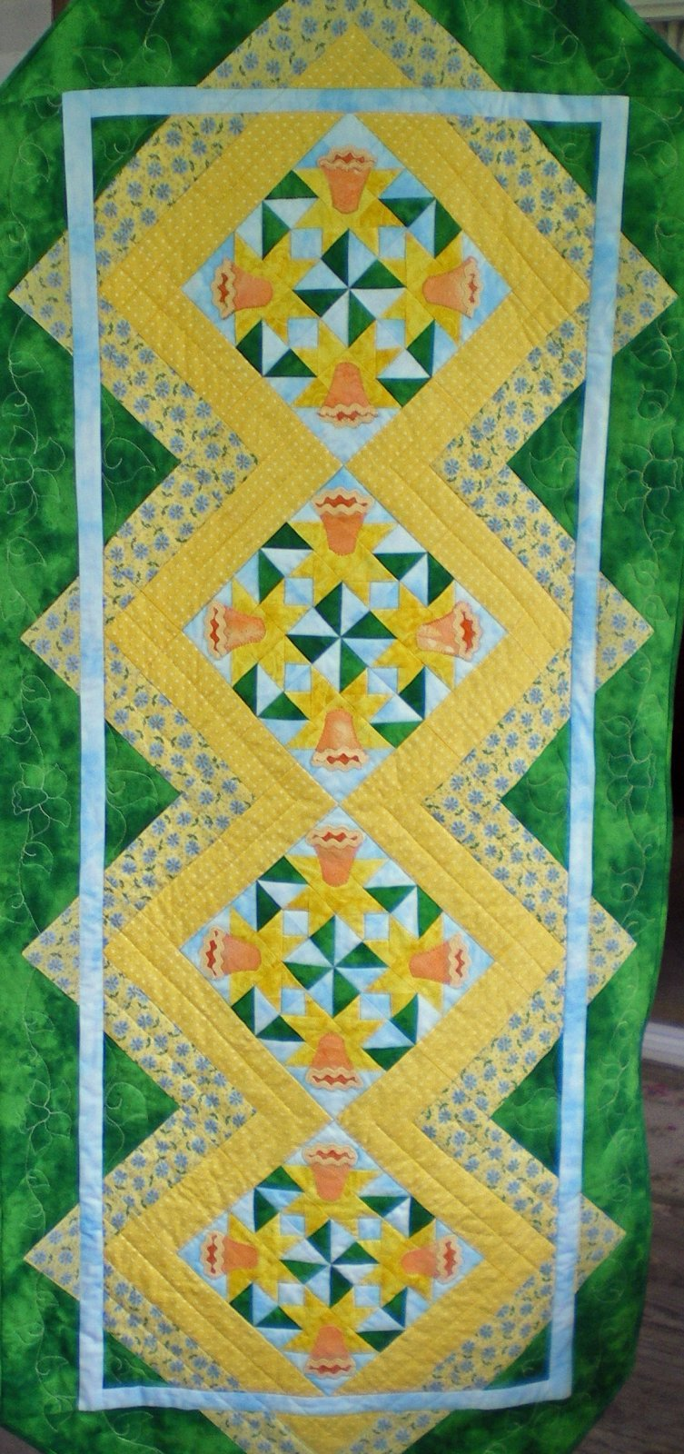March Daffodil Table Runner MGD