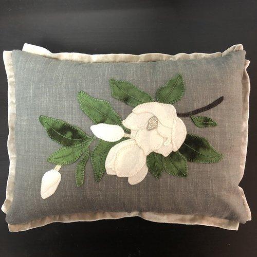 Elegance Wool Throw Pillow