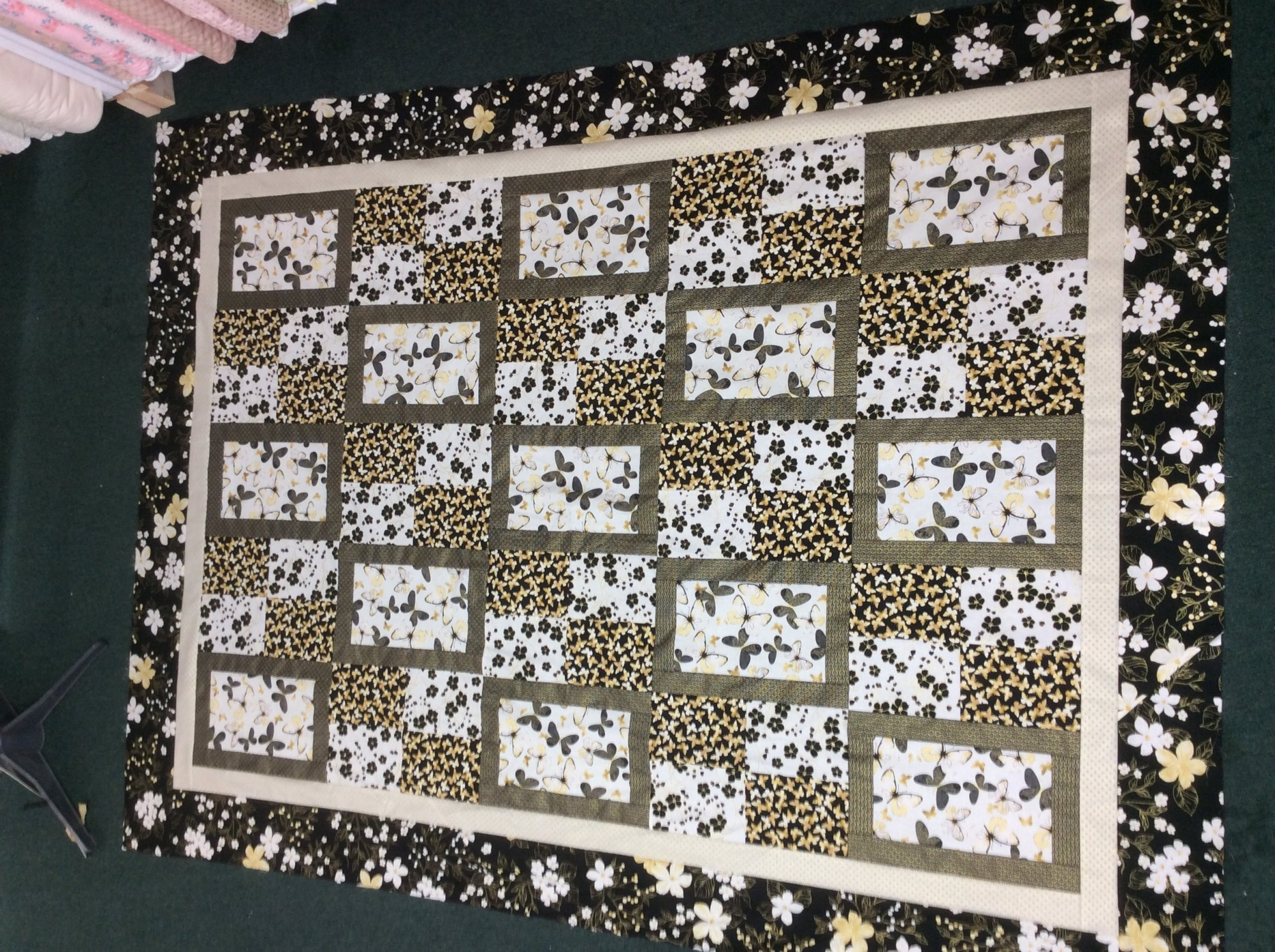 Guilded Butterfly Double Quilt Kit 86x105