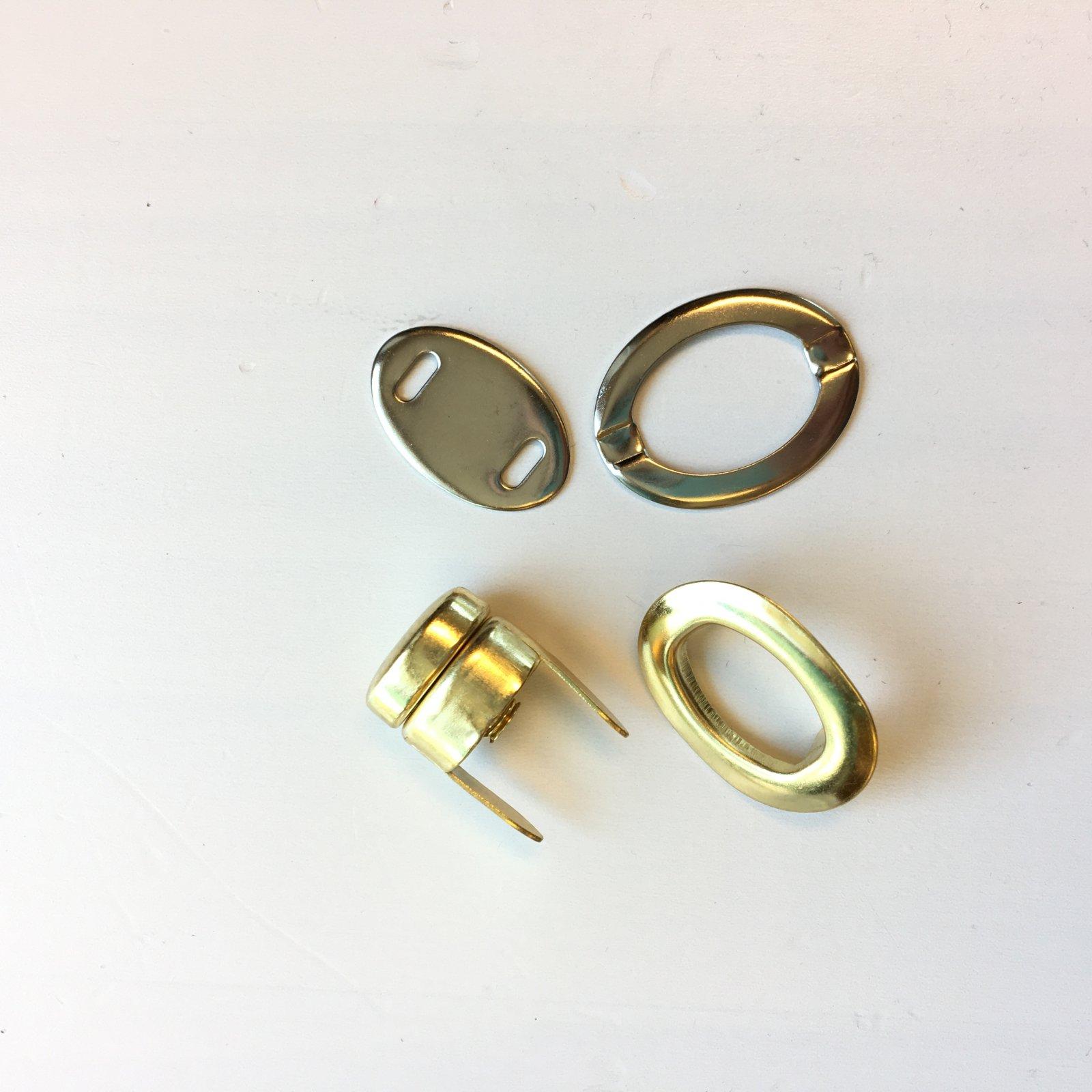 5/8 Gold Purse Twist Lock Closure