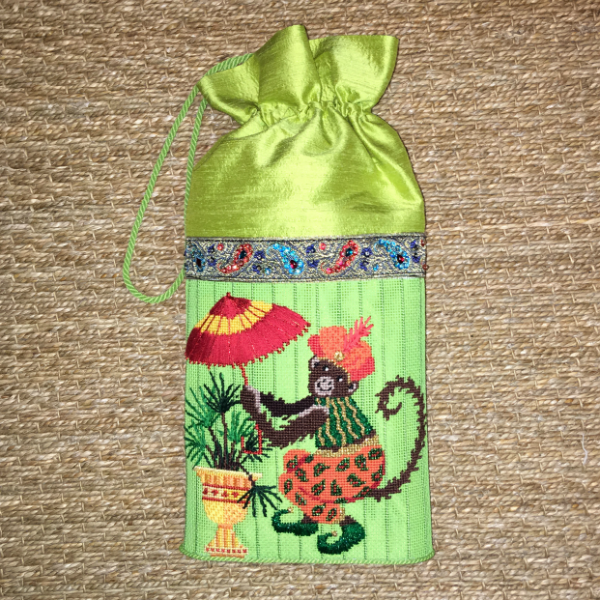 Tropical Monkey Purse