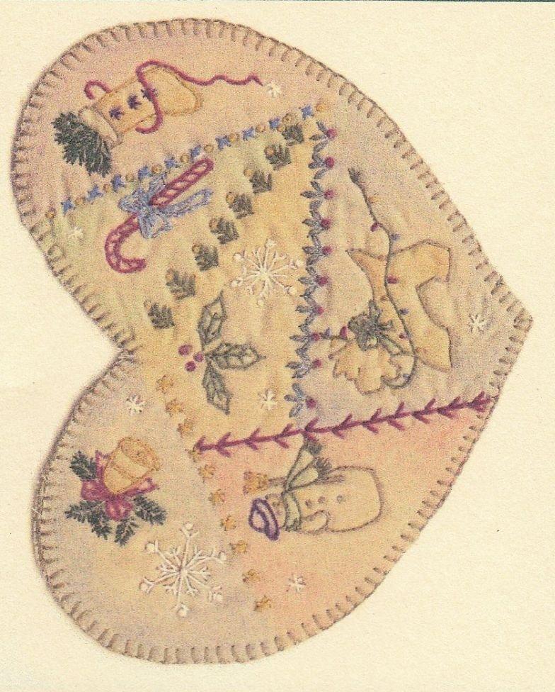Vintage Christmas Ornament - CDHV02 - Heart