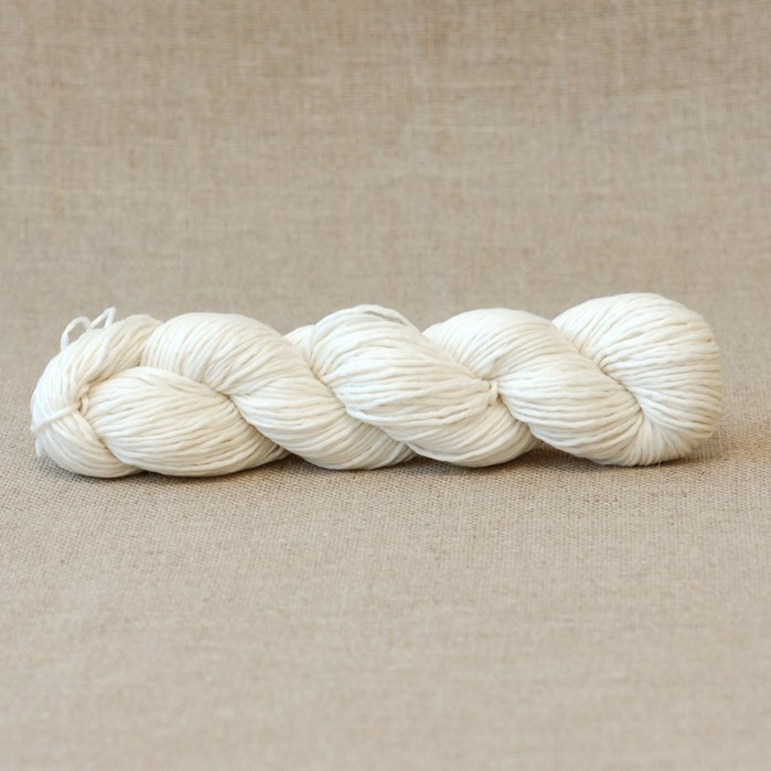 Dominique Undyed Dk Slightly Felted Yarn 100 Merino Wool Non