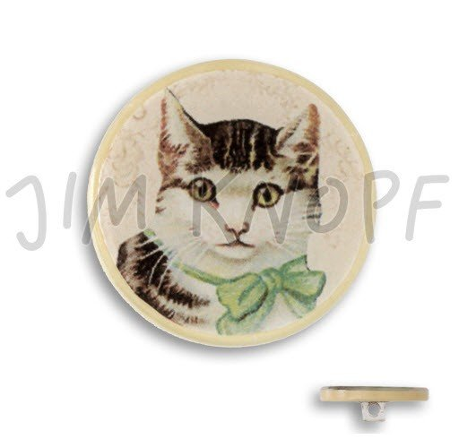 Jim Knopf Hand-crafted Coco Wood and Resin Button Cat on Ecru 32mm (13090)