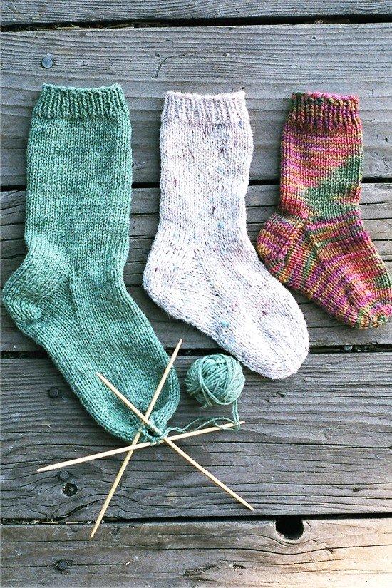 Knitting Pure Simple Pattern 203 Easy Childrens Socks