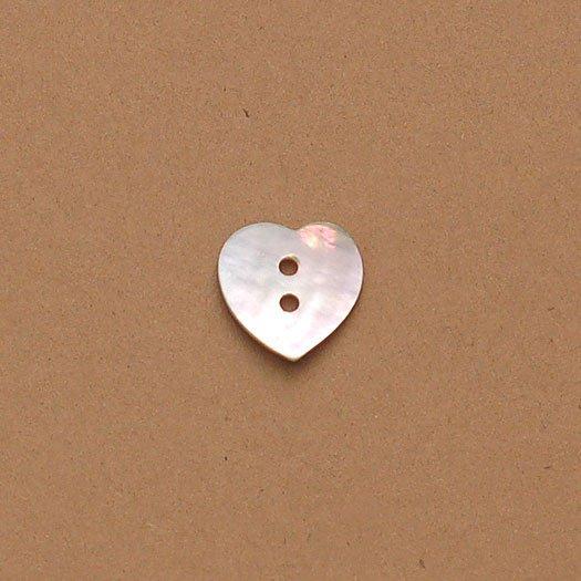 Agoya Heart Shell Button