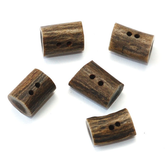 skacel Buttons - Dyed Antler; Barrel Brown; 1 inch 2 hole