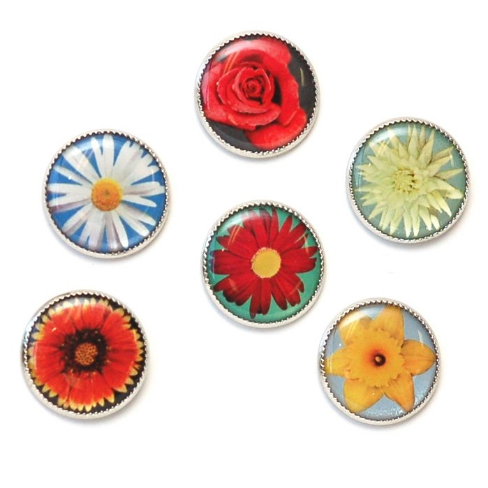 Flower Picture Buttons Set