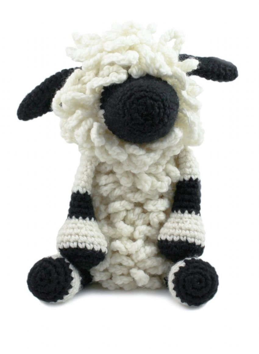 Lisa the Black Nosed Sheep Crochet Kit - Toft UK