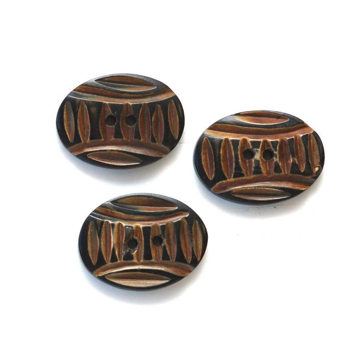 Oval Carved Lines Horn Button