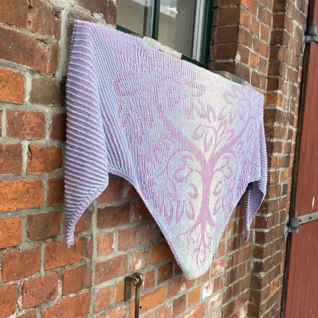 Heart Tree Shadow Knitting Kit