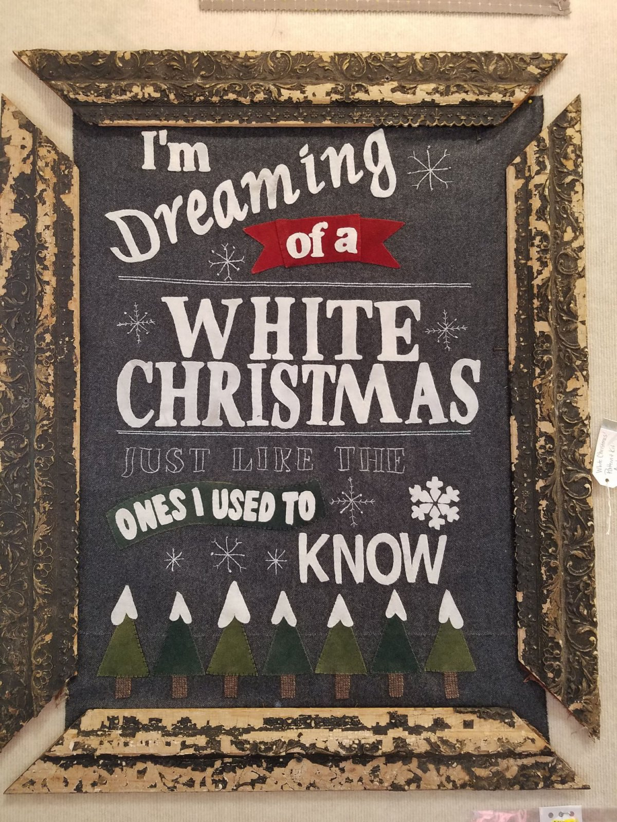 White Christmas Wool Wall Hanging Kit with Pattern