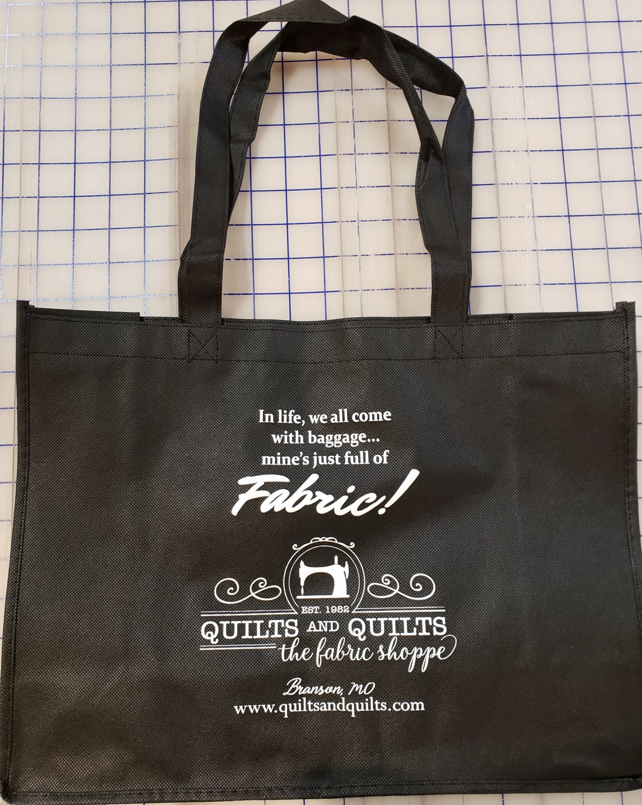 Quilts & Quilts Tote Bag - We all Have Baggage
