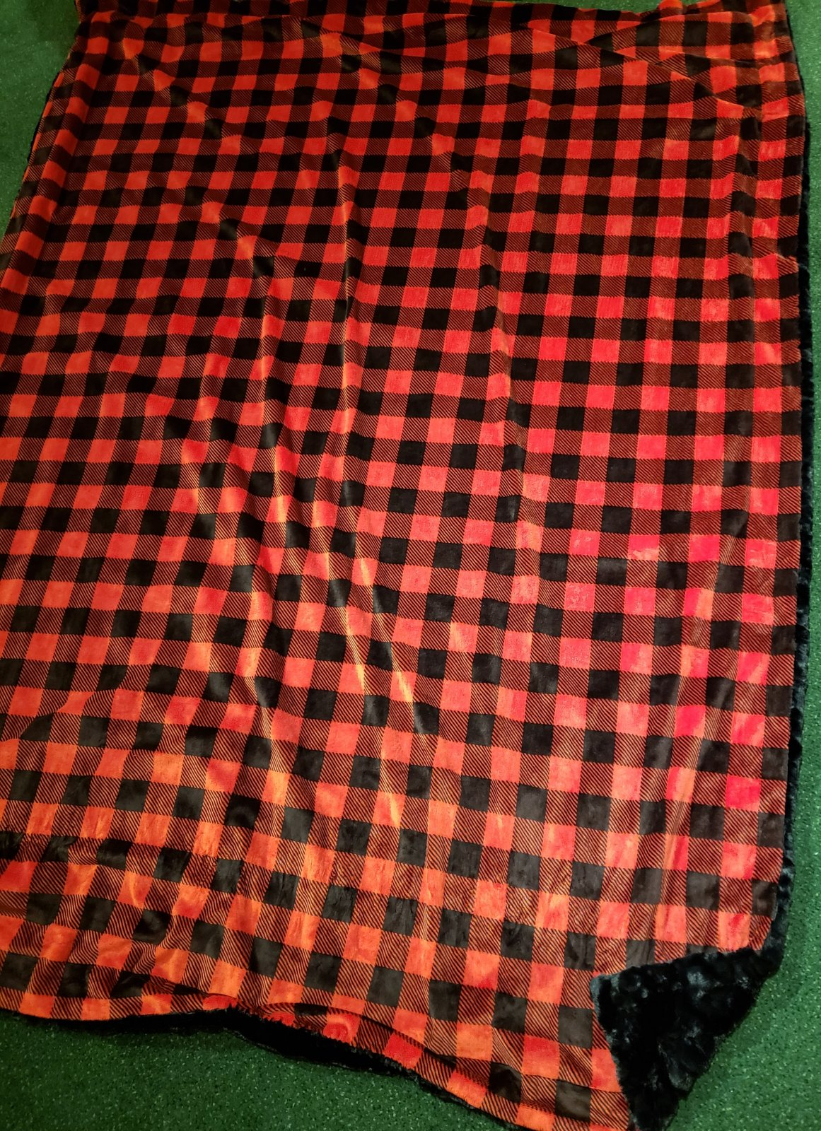 Luxe Cuddle Throw Cuddle Kit - Red Buffalo Check and Black