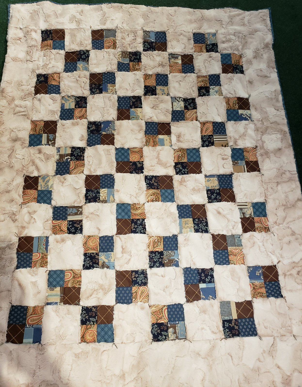 Easy Peasy Luxe Cuddle 4-Patch Throw Quilt Kit