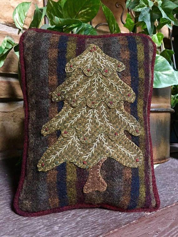Little Christmas Pillow Valdani Pearl Cotton Kit