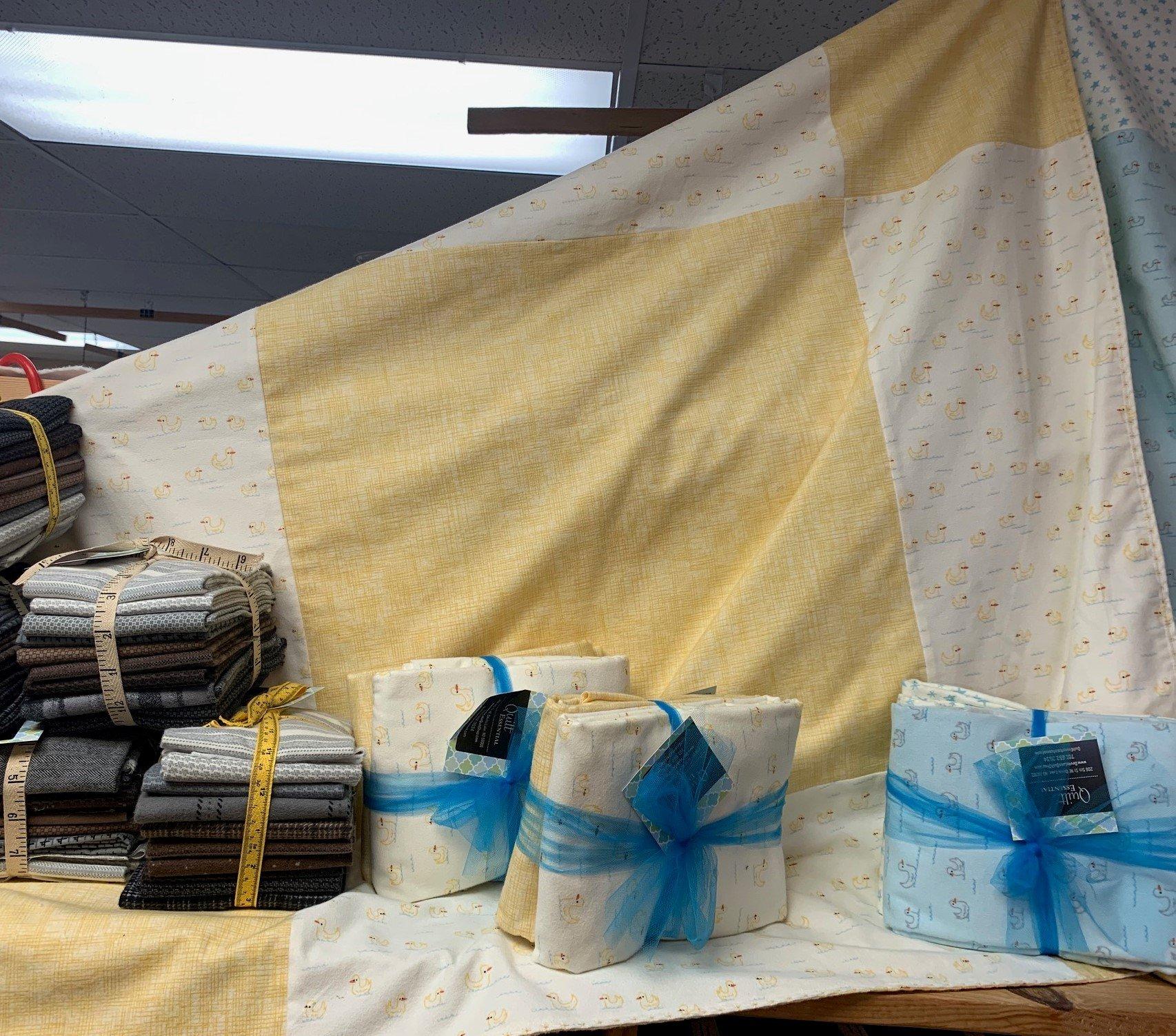 Mary Jane Kit 38.5x 38.5 (Yellow)