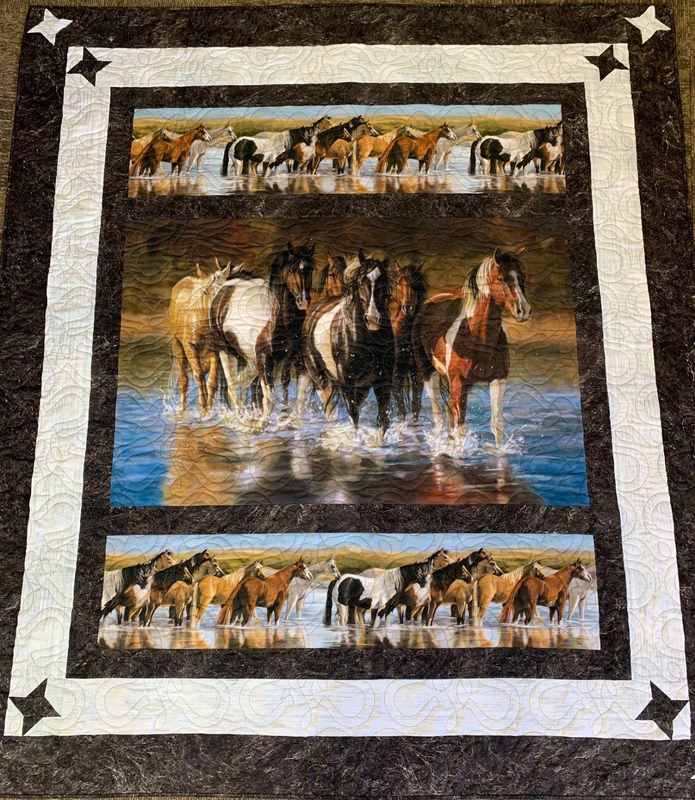 Mustang Creek Quilt Kit 65x76