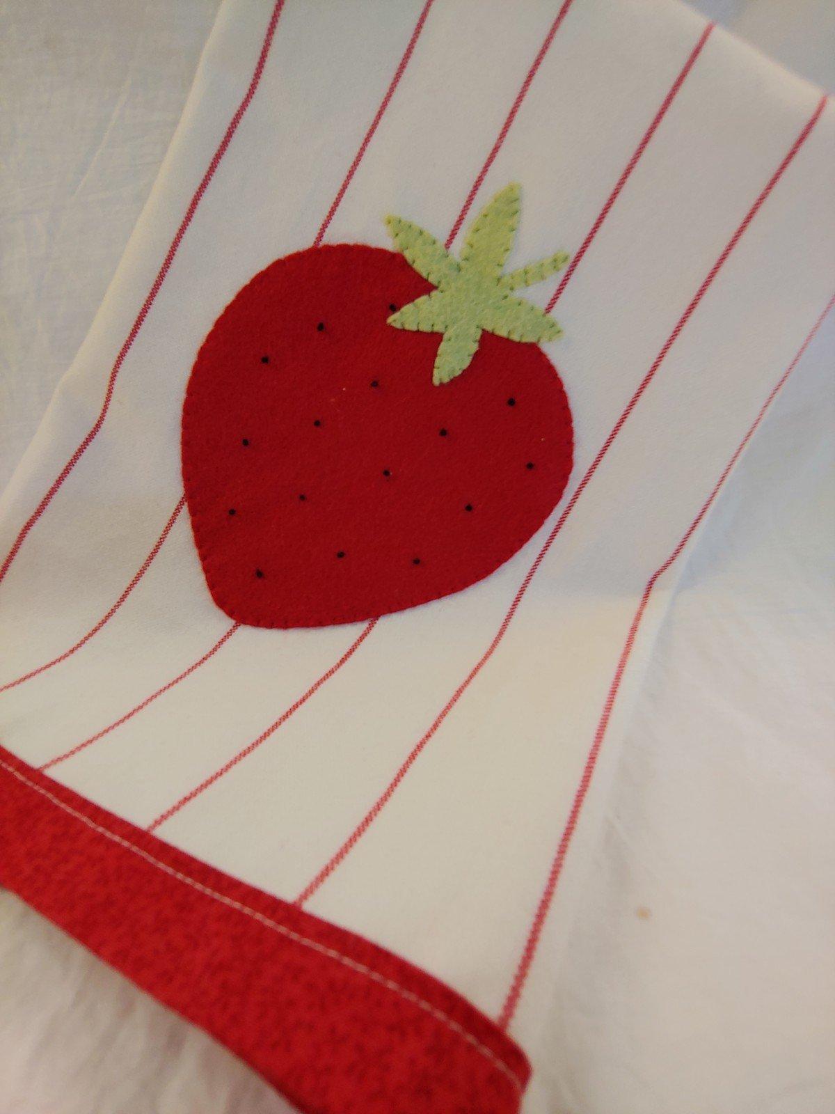 Wool Applique Tea Towel Kit - Strawberry