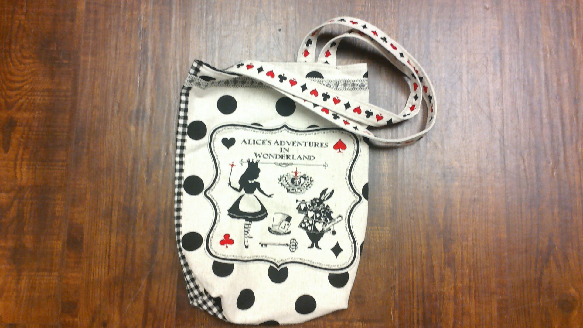 Alice in Wonderland Bag 2