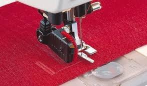 HUSQVARNA sensor 1-step buttonhole foot