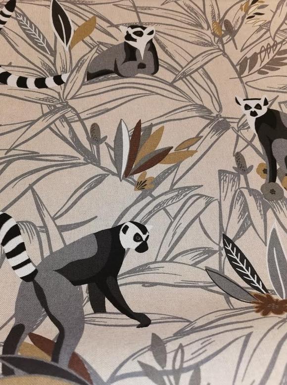 1815.575 Linen Look Lemur on Taupe Canvas (21B)