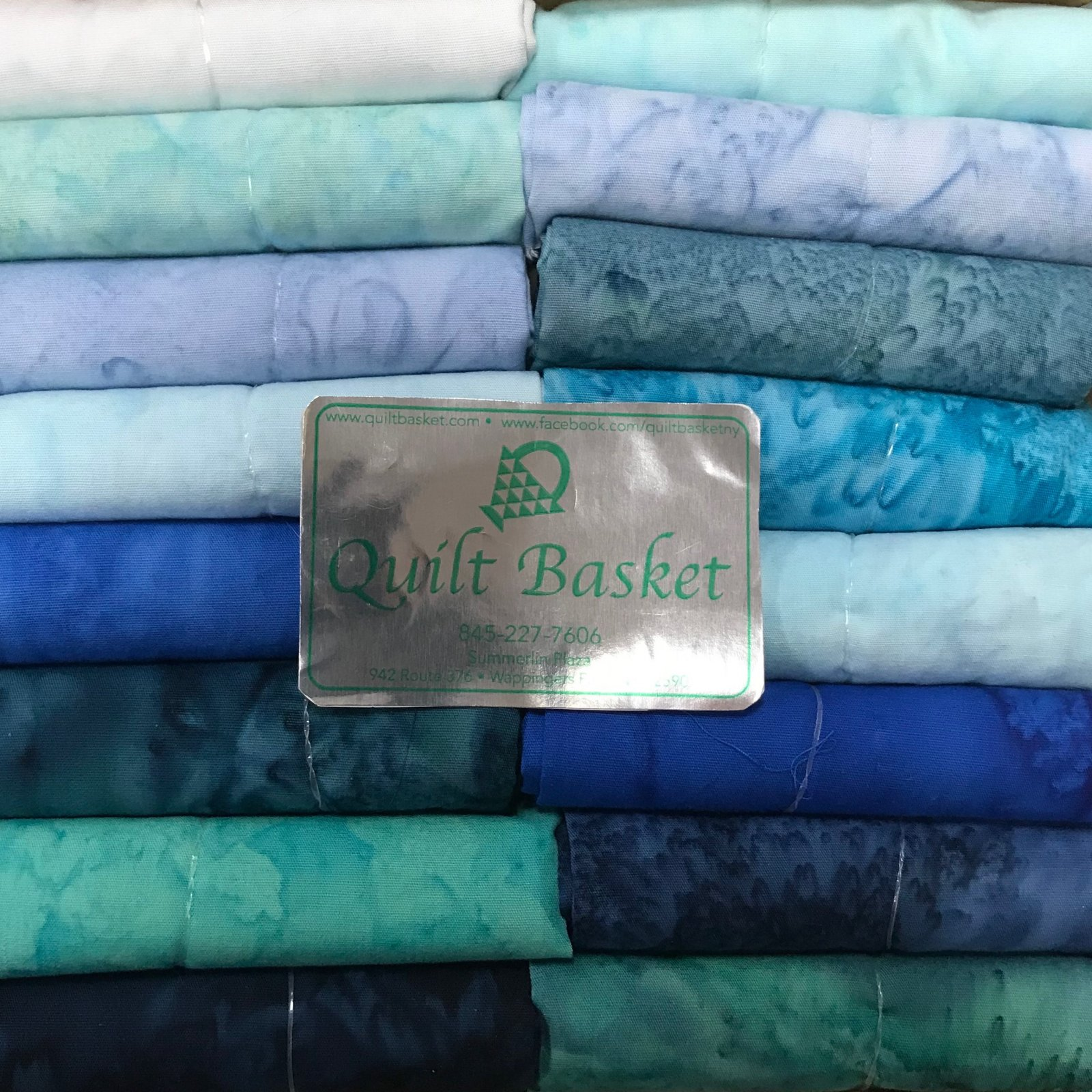 Cutie Collection Hoffman 1895 Hand-Dyed Watercolors Teal QBCC-0143