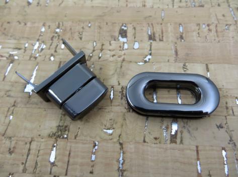 Oval Twist Lock - 1.25 Gunmetal