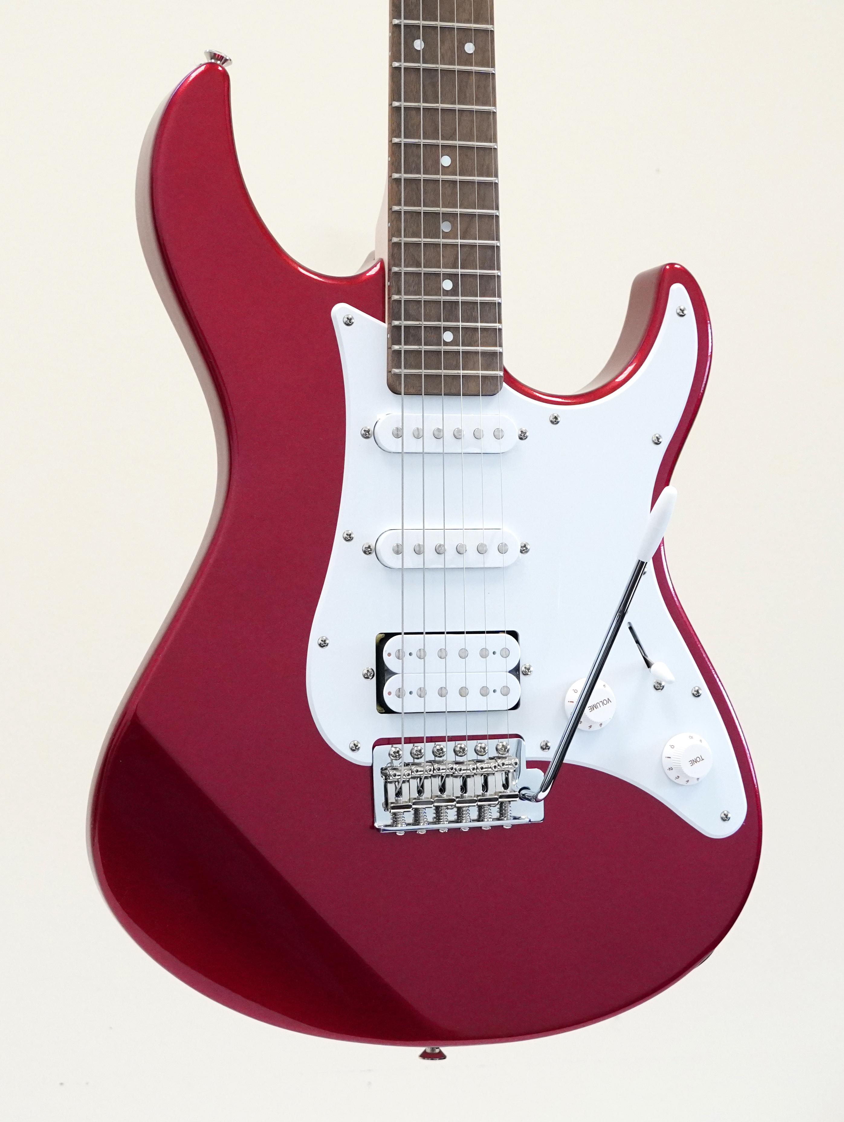Yamaha PAC012 Pacifica Electric Guitar Metallic Red