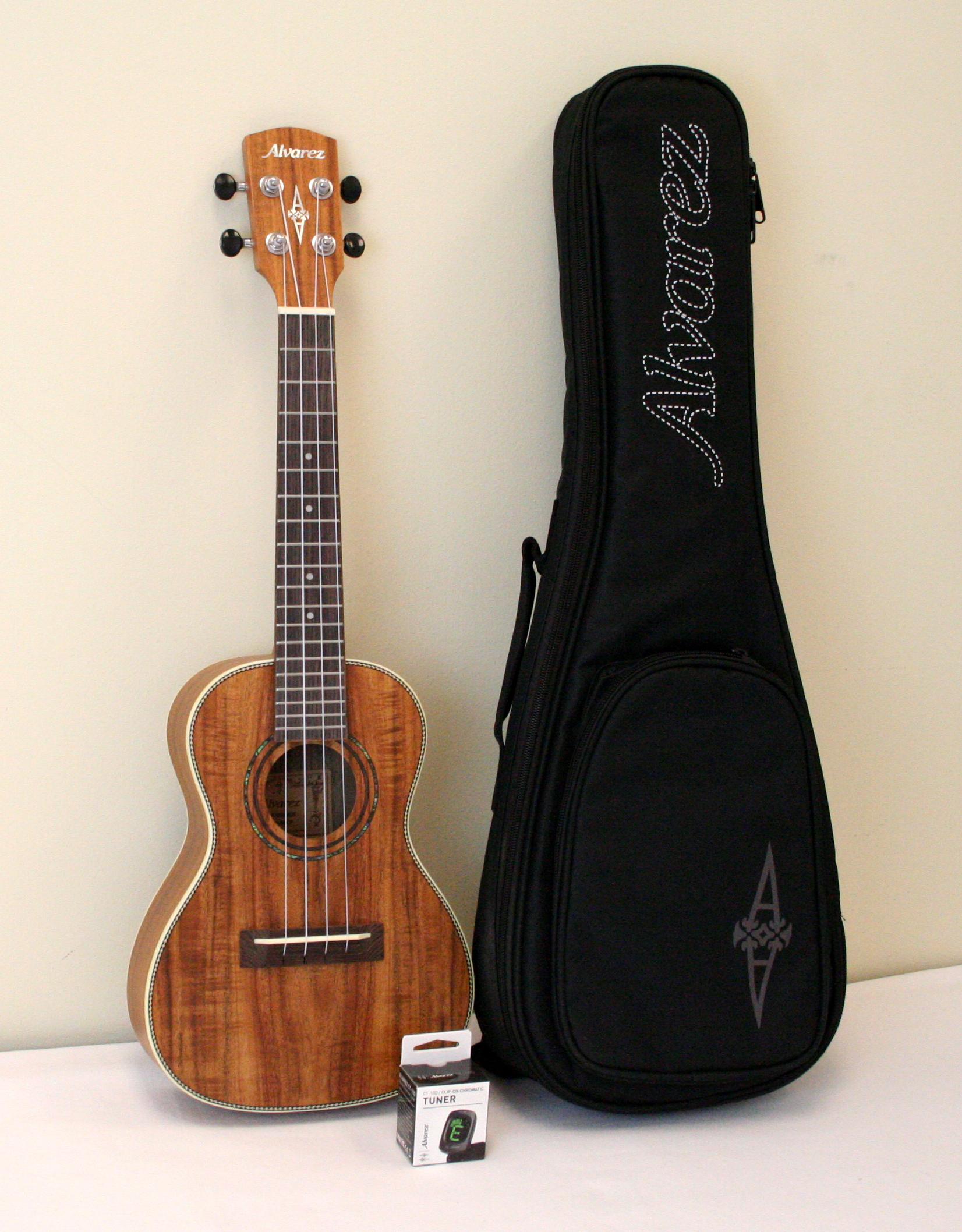 Alvarez RU90CP Regent Series Concert Ukulele Package