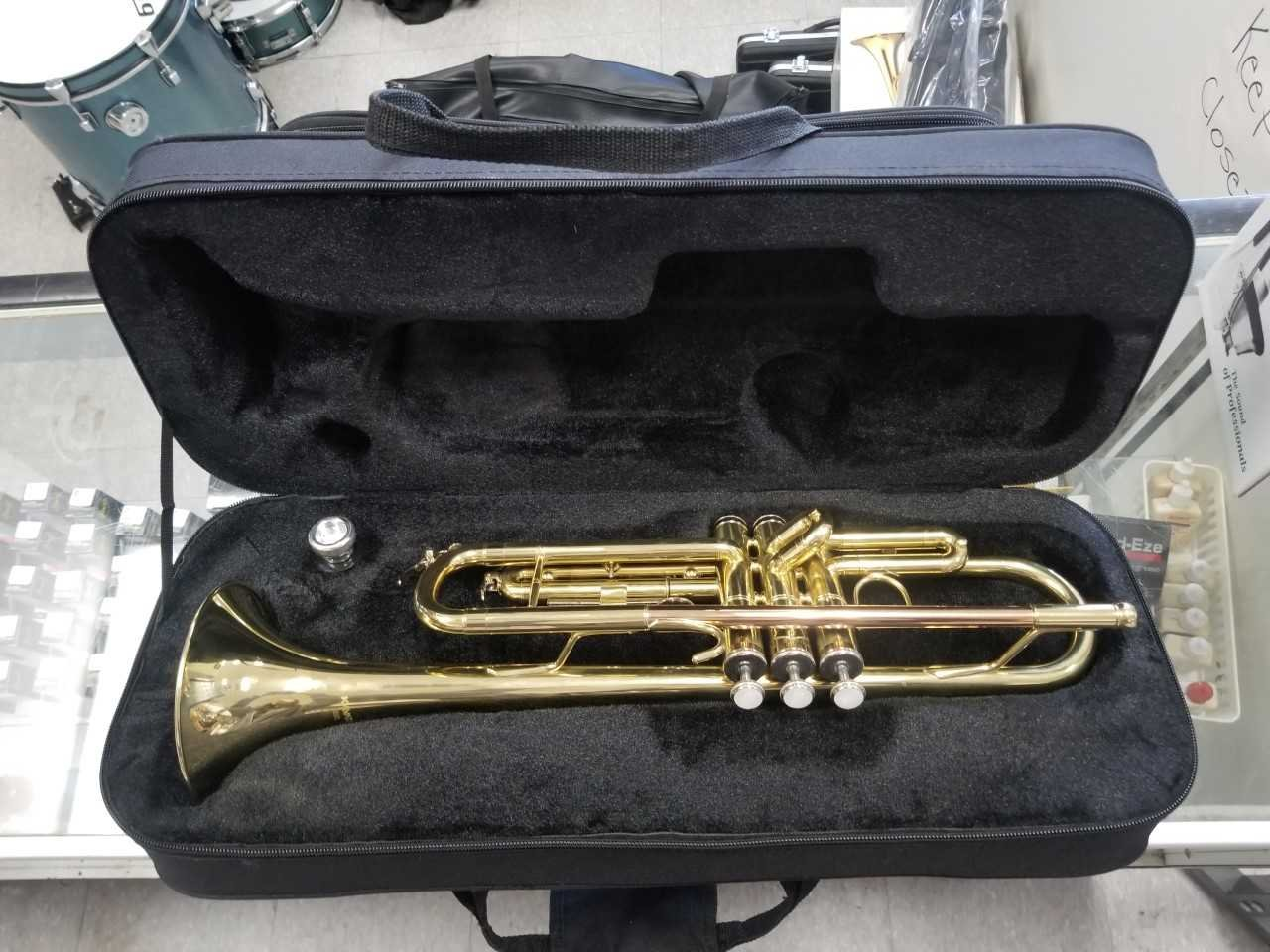 Kayata Trumpet with Mouthpiece and Soft Case